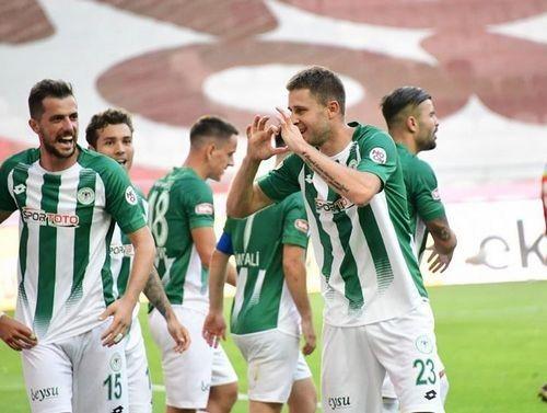 Кравец попал в сборную недели чемпионата Турции
