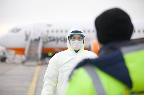 Правительство готовится ослабить карантин в Украине