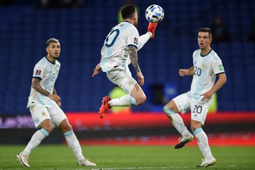VAR не позволил Месси забить. Аргентина сыграла вничью с Парагваем