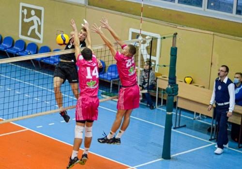 В Городке состоялись два матча второго этапа Кубка Украины по волейболу