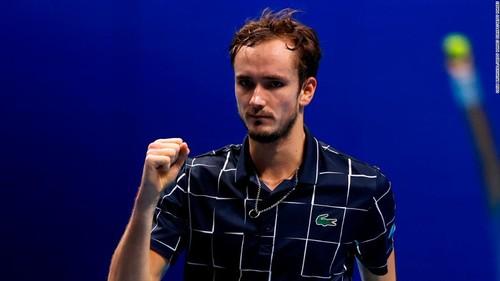 Итоговый турнир ATP. Медведев убрал Джоковича в двух сетах