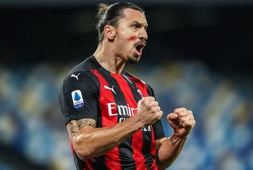 Дубль Ибрагимовича помог Милану добыть победу в гостях над Наполи
