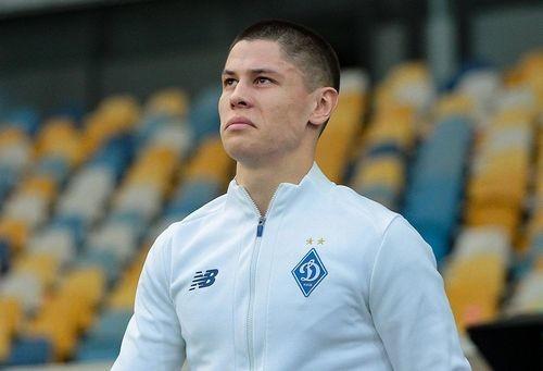 ФОТО. Попов готовится к матчу с Барселоной