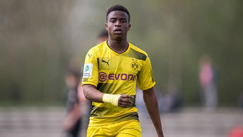 Юссуфа МУКОКО: «Ничего не могу поделать с тем, что хорошо играю в футбол»