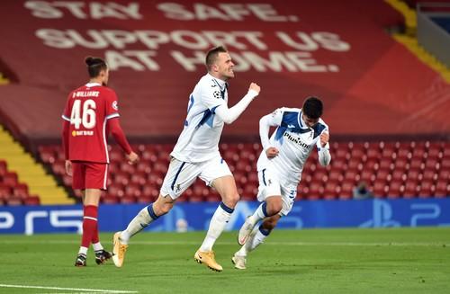 Ливерпуль – Аталанта – 0:2. Победа без Малиновского. Видео голов и обзор