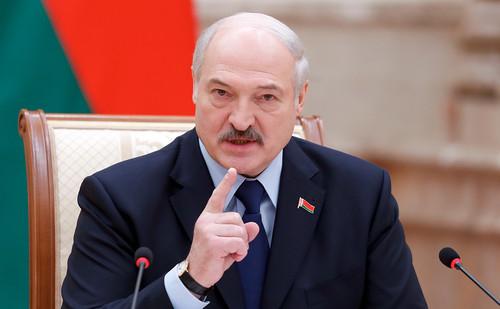 Лікар-експерт: «Поки тільки Боженька знає, правий Лукашенко чи ні»