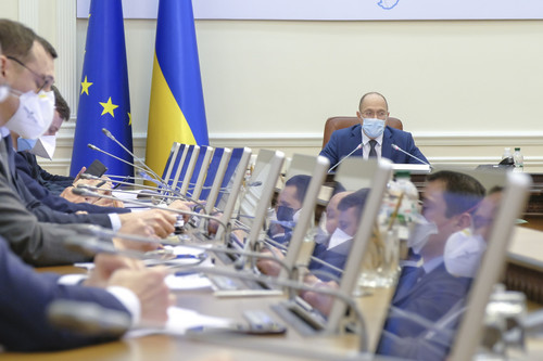 Правительство Украины усилит меры безопасности для борьбы с коронавирусом