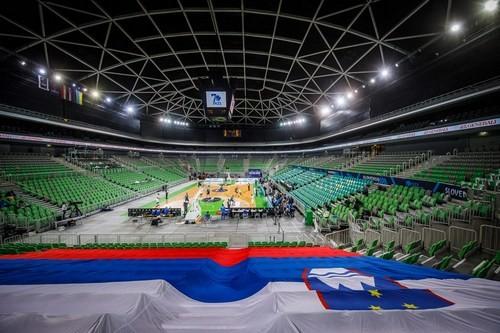 Победы Динамо и Шахтера, старт биатлонного сезона, фиаско баскетболистов
