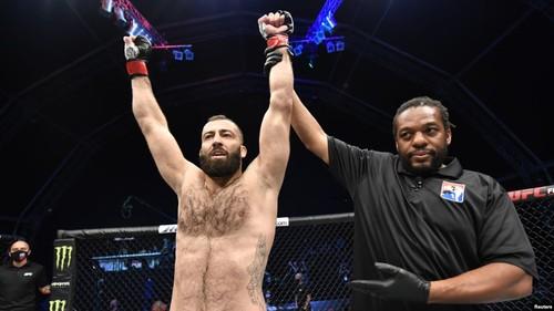 Украинский грузин Долидзе 5 декабря проведет второй бой в UFC