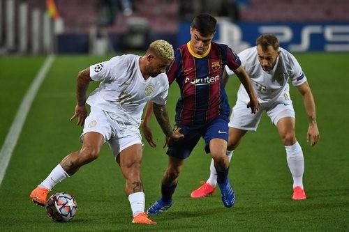 Ференцварош — Барселона. Прогноз и анонс на матч Лиги чемпионов