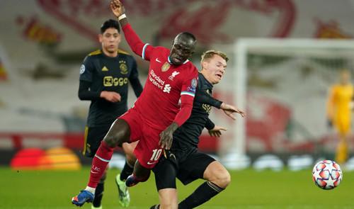 Ливерпуль вышел в плей-офф, Аталанта потеряла очки в матче с аутсайдером