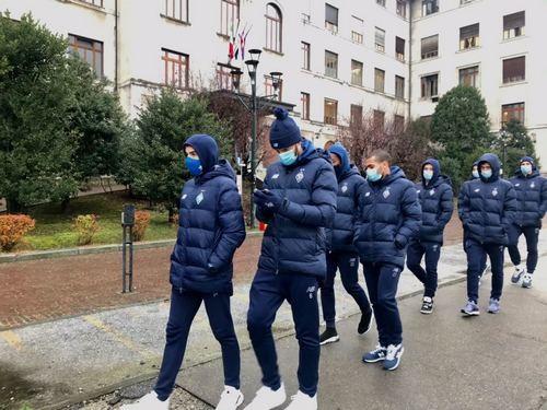 Динамо в Турине встретили возгласом «Forza Juve!»