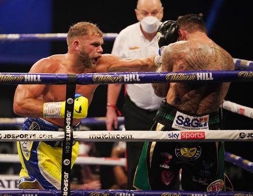 Непобежденный британецБилли Джо Сондерс защитил пояс чемпиона мира WBO