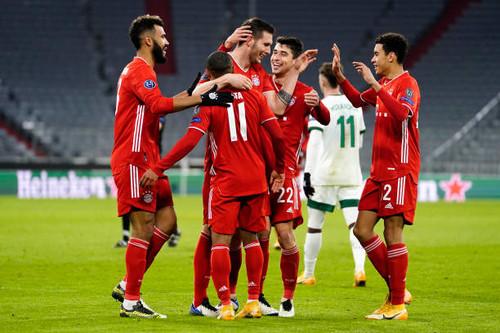 Бавария отправила Локомотив отдыхать, Атлетико завоевал вторую путевку