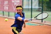 Три украинских теннисиста вышли в четвертьфинал на турнире ITF в Анталье