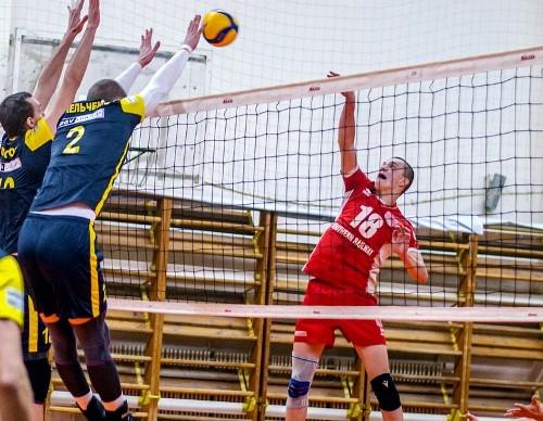 Харьковская Юракадемия поднялась на второе место в Суперлиге