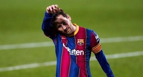 Месси побил рекорд Пеле по количеству голов в одном клубе