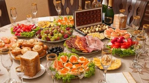 Как правильно готовиться к застолью -  обжорству под Новый год