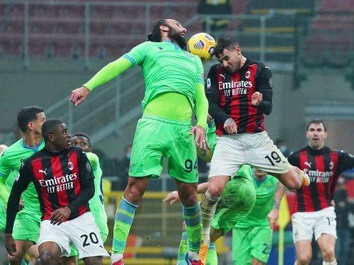 Вырвали победу! Милан — Лацио — 3:2. Видео голов и обзор матча