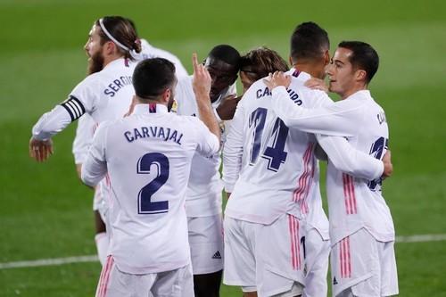 Реал Мадрид – Гранада – 2:0. Видео голов и обзор матча