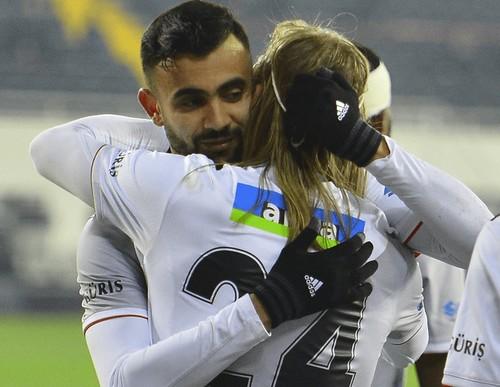 ВИДЕО. Экс-динамовец Вида забил за Бешикташ во втором матче подряд