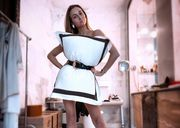 Подушка и ремень. Ризатдинова представила оригинальное платье