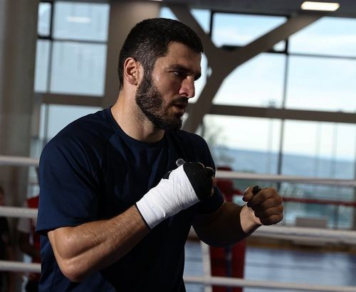 Російський боксер заразився коронавірусом