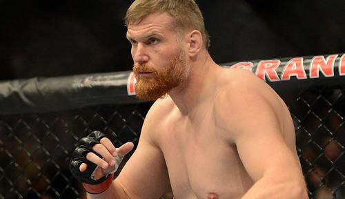 5 чемпионов UFC, лишившихся титула из-за допинга