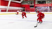 Спустя 10 месяцев. Команды НХЛ вернулись к работе на льду