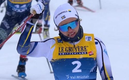 Тур де Ски. Пеллегрино и Сван стартовали с побед