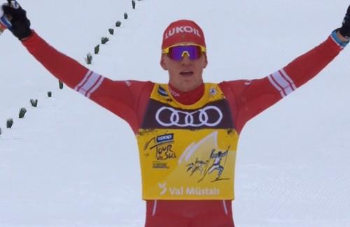 Тур де Ски. Большунов идет на день отдыха лидером