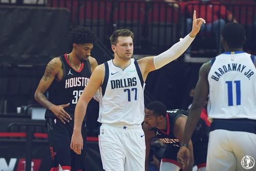 НБА. Бостон обыграл Торонто, Лэнь очков не набирал, Хьюстон уступил Далласу