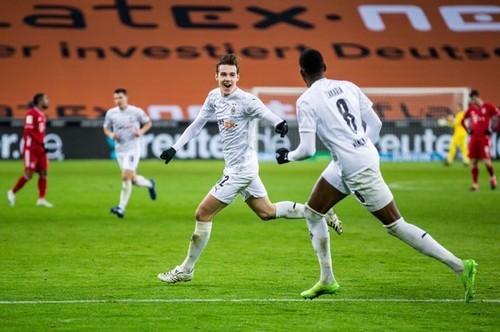 Боруссия Менхенгладбах – Бавария – 3:2. Видео голов и обзор матча