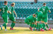 Авангард покинули десять футболистов