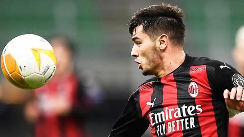 Милан намерен выкупить Диаса у Реала