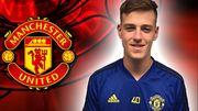 Манчестер Юнайтед подписал молодого вратаря из Чехии