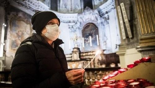 Через коронавірус на Великдень до храмів пускатимуть не більше 10 осіб