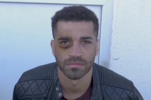 ВИДЕО. Сам себе фингал. Британский боксер опозорился, записывая видеоурок
