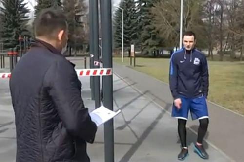 ВИДЕО. Российский хоккеист публично обматерил мэра своего города