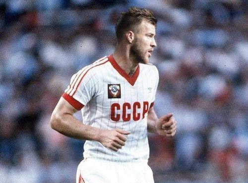 ФОТО. Пять украинцев в основе — как выглядела бы современная сборная СССР