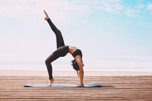 Yoga Journal. Список асан | 333x500