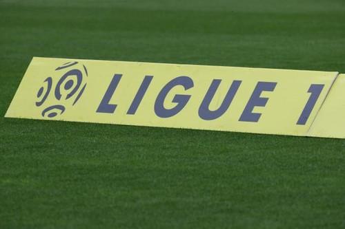 Во Франции сезон завершен досрочно. Премьер-министр сказал – играть нельзя