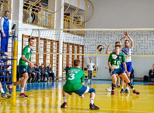 Чемпионат Украины в некоторых волейбольных лигах еще может быть доигран
