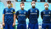 АПЛ обговорює нові правила. Гравцям доведеться носити маски на тренуваннях