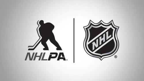 НХЛ планирует вернуться в июле