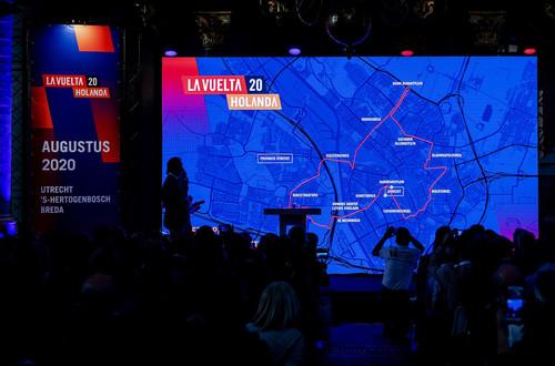 Организаторы Вуэльты отменили три стартовых этапа в Нидерландах