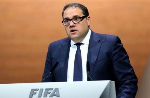 Все меняется. ФИФА рассматривает возможность играть по схеме «весна–осень»