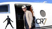 Застрял личный самолет. Роналду никак не может вылететь из Мадейры