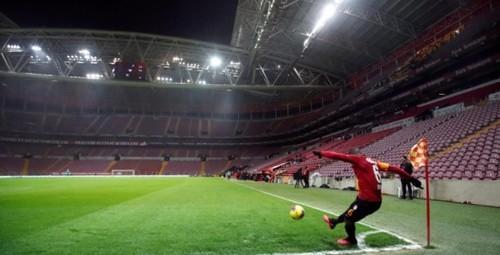 Турция планирует возобновить чемпионат и готовится к финалу Лиги чемпионов