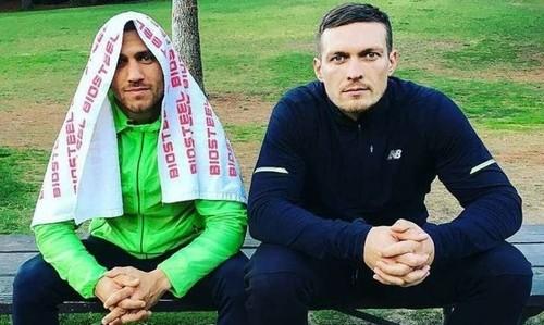 Усик и Ломаченко попали в базу Миротворца